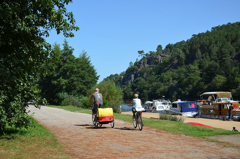 Balade en vélo sur le chemin de halage