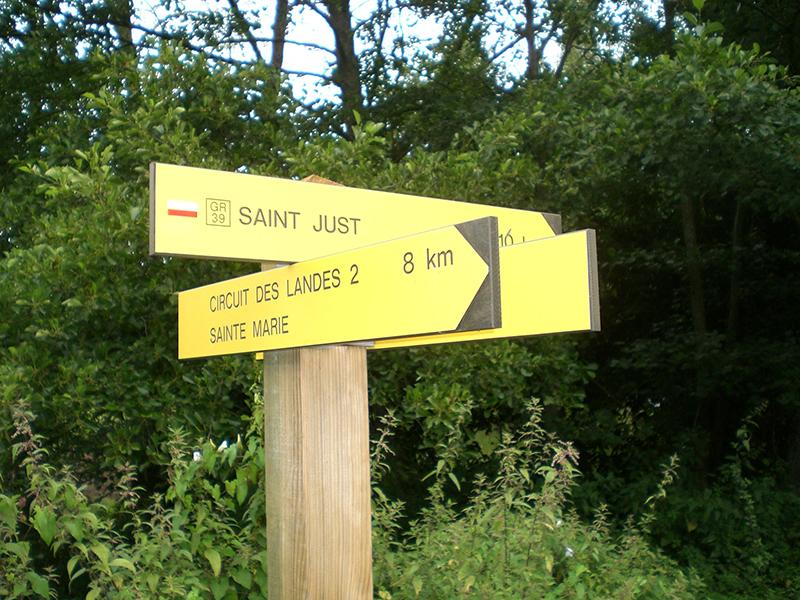 Panneaux directionnels GR Randonnée - VCorbin